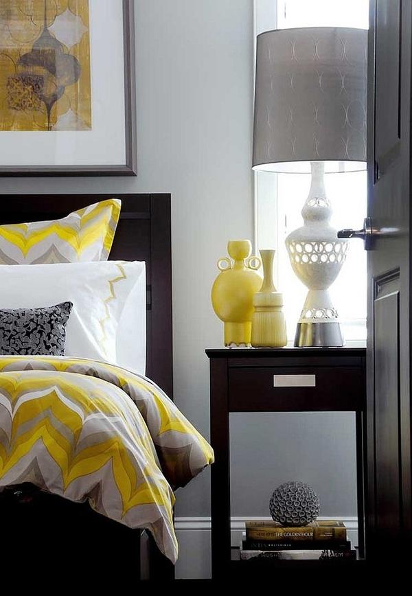 Phòng ngủ với gam màu xám sang trọng và vàng thanh lịch 22