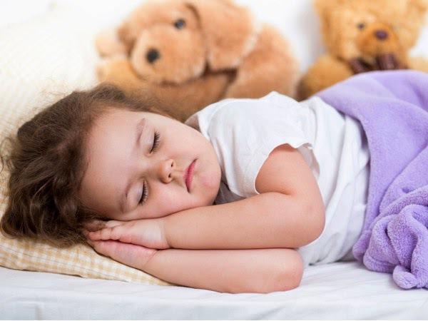 giấc ngủ của bé