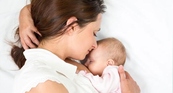 5 hiểu lầm thường gặp ở những bà mẹ đang cho con bú