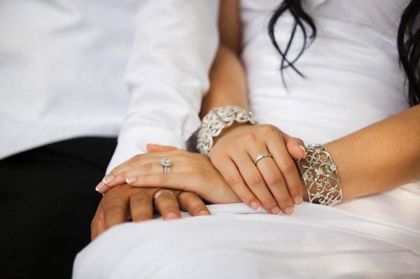 Cưới được 2 ngày, tôi đã bị chồng mới cưới tát liên tiếp sưng má