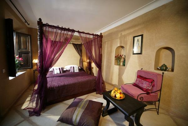 Giường canopy - món nội thất ấn tượng cho phòng ngủ (P.1) 9