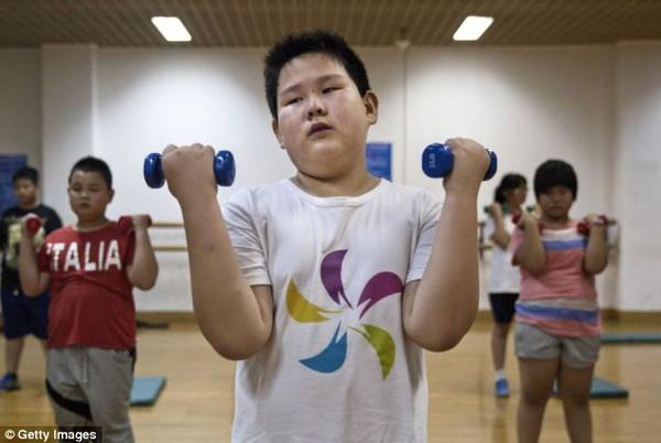 Mục sở thị trại huấn luyện dành cho trẻ béo phì con nhà giàu ở Trung Quốc 4