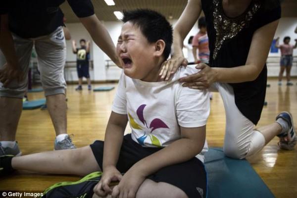 Mục sở thị trại huấn luyện dành cho trẻ béo phì con nhà giàu ở Trung Quốc 2