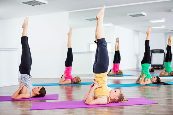 yoga lam dep da