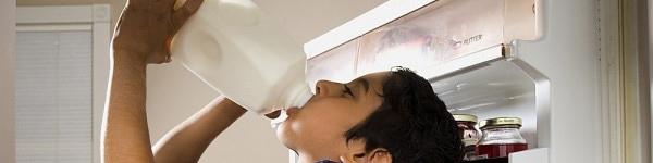 Những dấu hiệu nhắc mẹ phải đổi sữa cho con 2