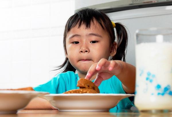Những thực phẩm mẹ cần chú ý khi cho bé ăn 1