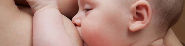 Video: Cho con bú đúng cách khi bị tắc tia sữa 1