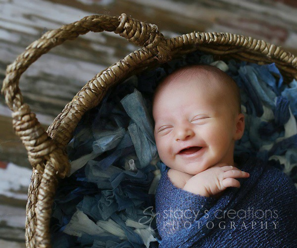 Ngất ngây với ảnh bé cười khi ngủ 4