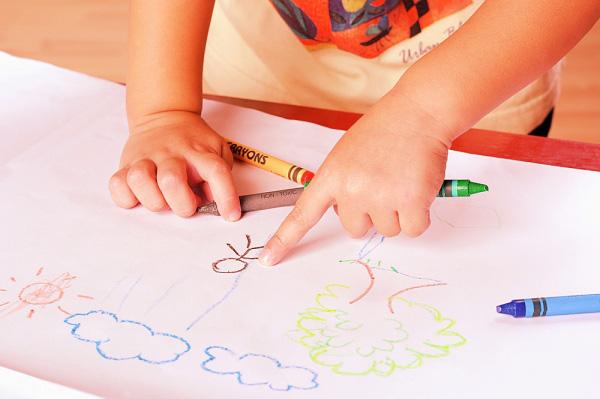 Muốn con thông minh, hãy cho trẻ học vẽ! 1
