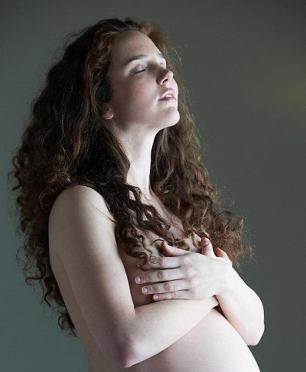 Bi hài chuyện mẹ bầu chửa ngực 1