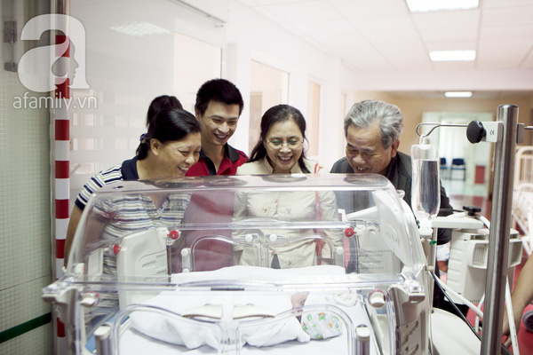 Tận mắt chứng kiến một ca sinh mổ của mẹ Việt 33