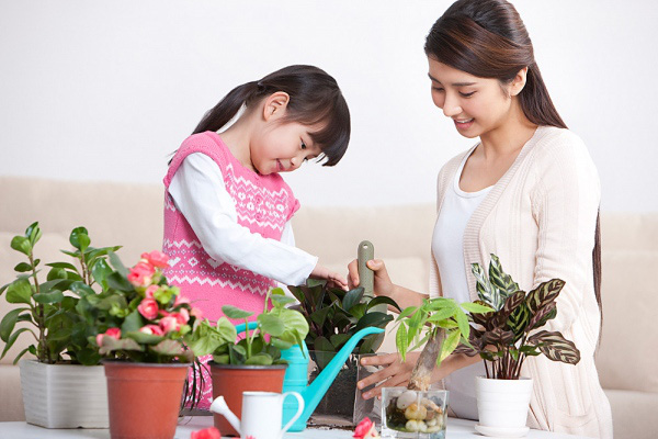 Bí quyết dạy con gái tự tin và cá tính 2