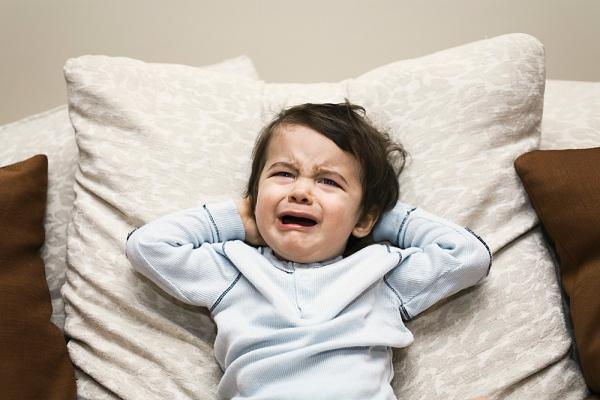 Biện pháp trị thói hay mè nheo của trẻ em