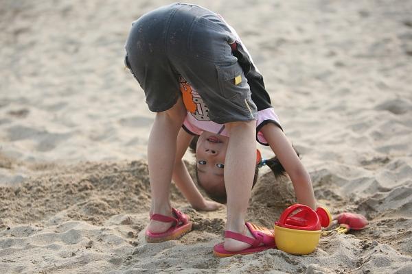 Top 5 trò chơi ngoài trời khiến trẻ em thế giới mê mẩn 1
