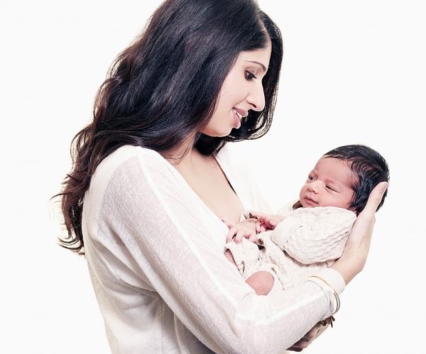 Những thay đổi ngạc nhiên của cơ thể 1 giờ sau sinh 1