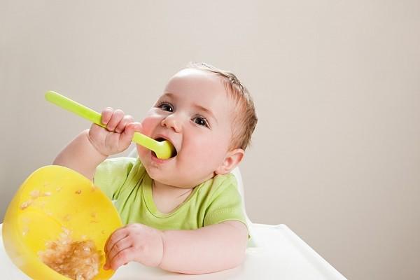 Những bước phát triển đáng lưu ý của bé 18 tháng tuổi 4