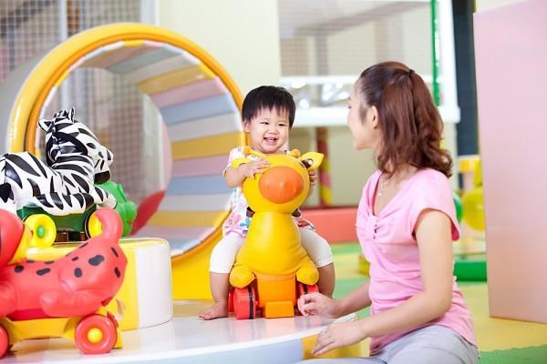 Chọn đồ chơi giúp bé phát triển trong giai đoạn 1-3 tuổi 2
