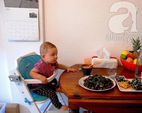 Dạy con biết nhai và tự xúc ăn siêu như mẹ Việt ở Pháp   3