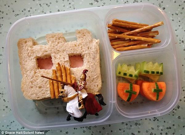 Bà mẹ nổi tiếng vì làm cho con những hộp cơm trưa tuyệt đẹp  7