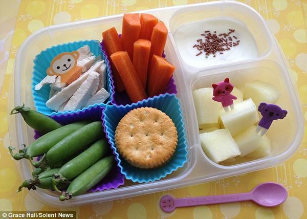 Bà mẹ nổi tiếng vì làm cho con những hộp cơm trưa tuyệt đẹp  10