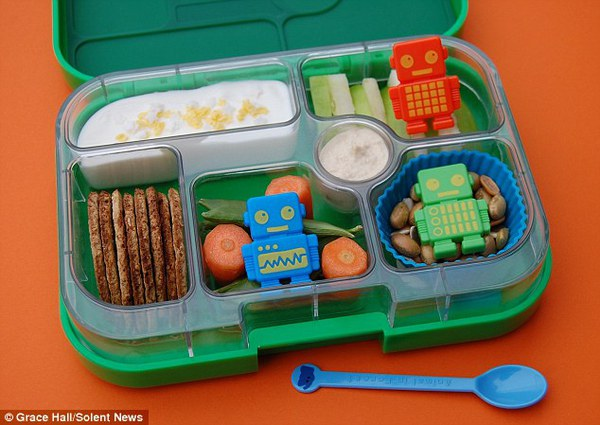 Bà mẹ nổi tiếng vì làm cho con những hộp cơm trưa tuyệt đẹp  19