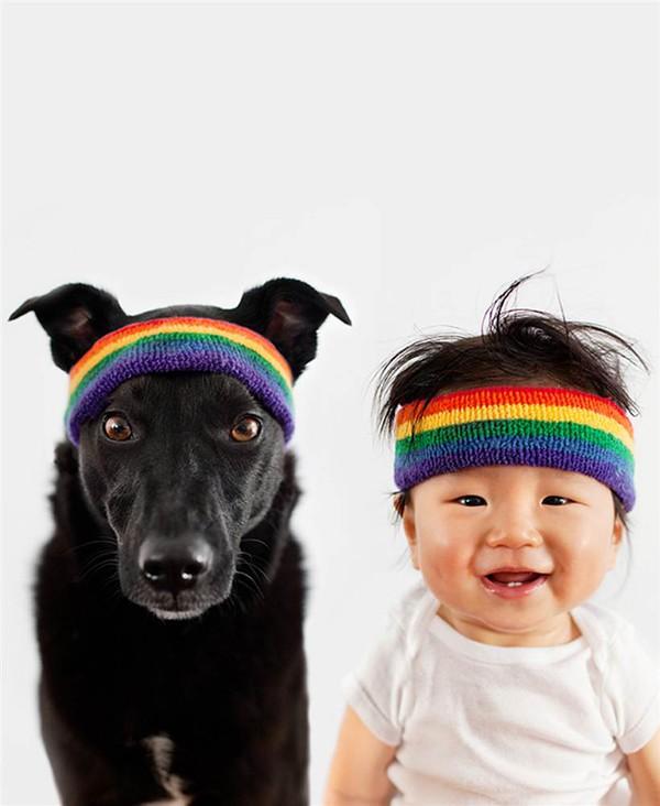 Ngất ngây với chùm ảnh bé và cún cưng mặc đồng phục 1