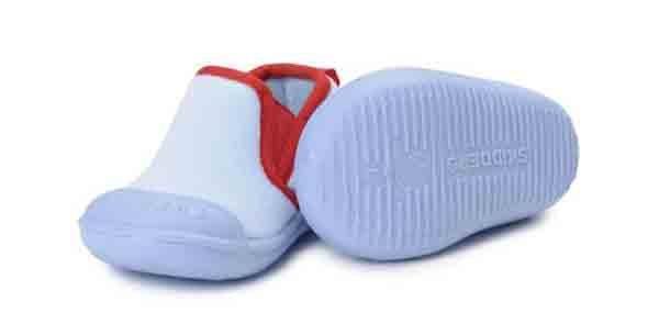 10 kiểu giầy tập đi tốt cho đôi bàn chân của bé 10