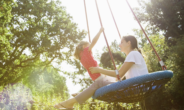 8 trò siêu đơn giản cha mẹ nên thử chơi với con một lần 2
