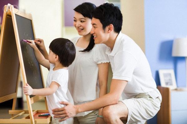 Những điều cha mẹ không chịu trách nhiệm với con cái 2