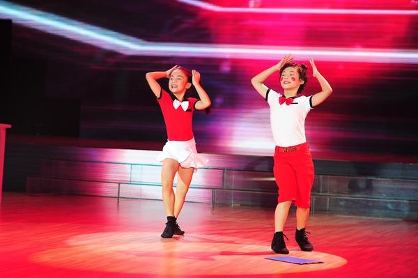 tập 1 bước nhảy hoàn vũ nhí 15
