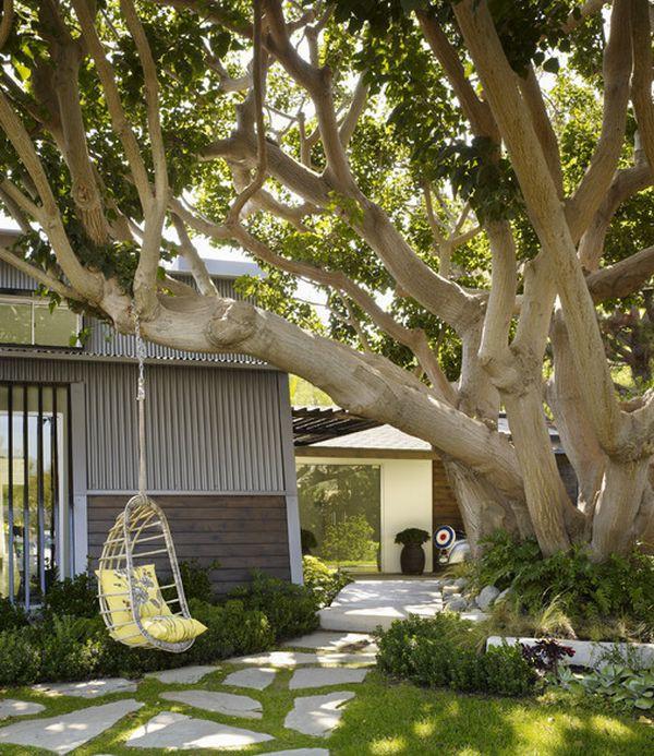 Ghế treo – món nội thất độc đáo giúp nhà thêm xinh 1