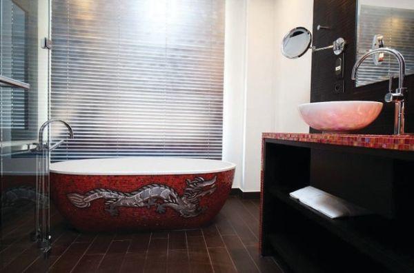 Phòng tắm sáng bừng với 5 mẫu bồn tắm độc đáo 2