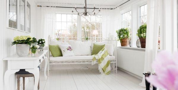 Ngắm ngôi nhà lãng mạn với tông màu trắng - xanh 6