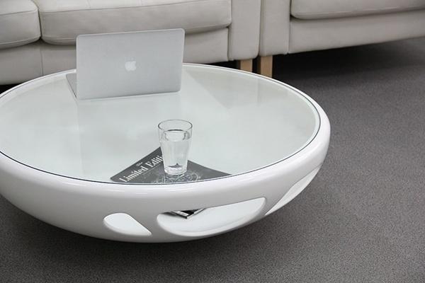 4 mẫu bàn đáng mơ ước cho phòng khách nhà bạn 3