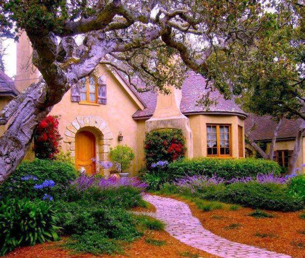 Chiêm ngưỡng những ngôi nhà cổ tích giữa đời thực 4