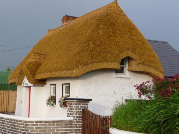 Chiêm ngưỡng những ngôi nhà cổ tích giữa đời thực 7