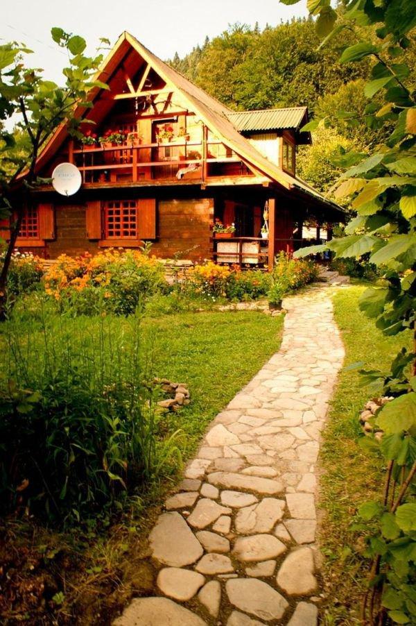Ngôi nhà gỗ yên bình ở Piatra Neamt, Rumani 5