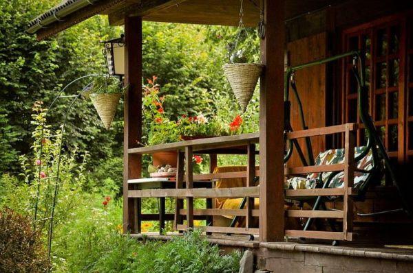 Ngôi nhà gỗ yên bình ở Piatra Neamt, Rumani 7