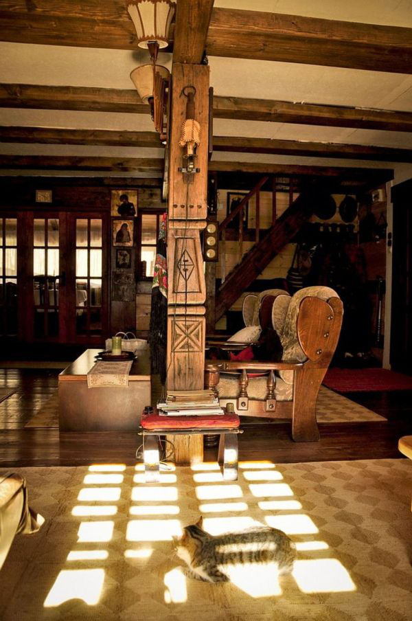 Ngôi nhà gỗ yên bình ở Piatra Neamt, Rumani 8