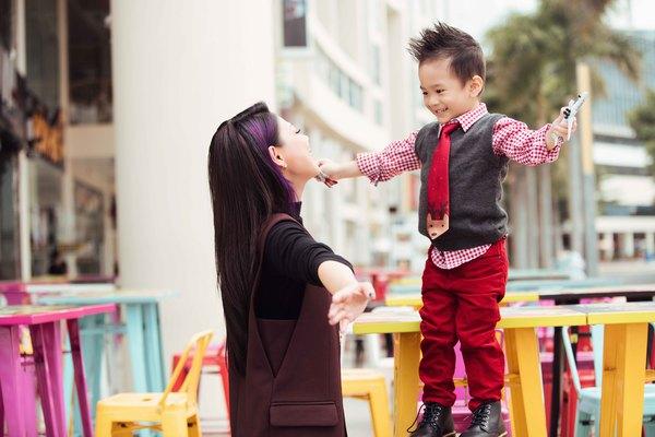con trai Thanh Thảo
