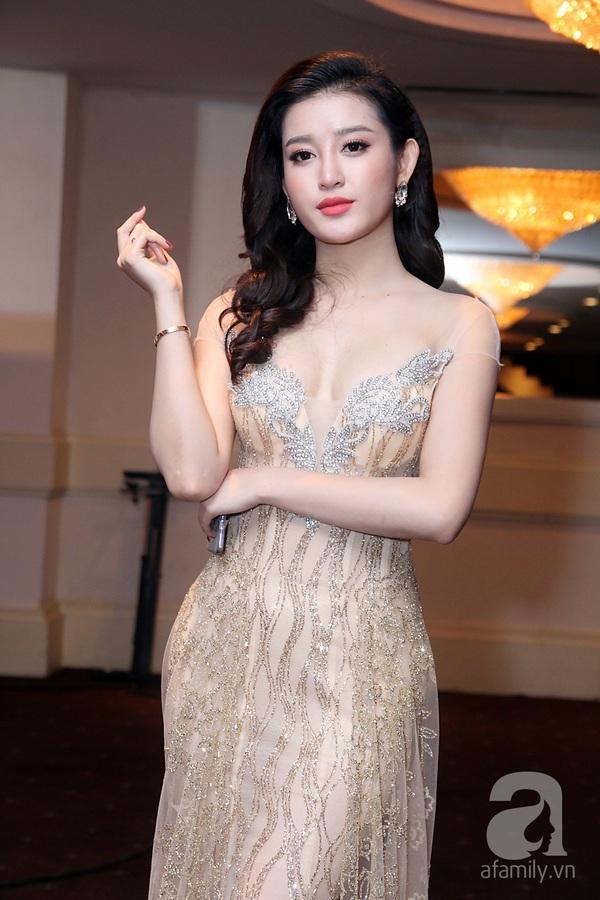 Á hậu Huyền My, Hoàng Thùy Linh cạnh tranh nhau đóng phim?