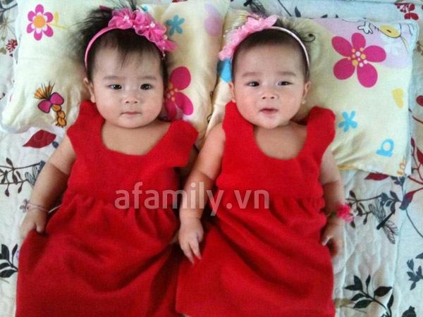 Gặp bố mẹ nuôi 2 bé sinh đôi mát tay 5