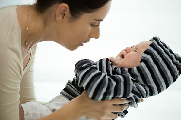 11 điều về tiếng khóc trẻ sơ sinh các mẹ nên biết 1