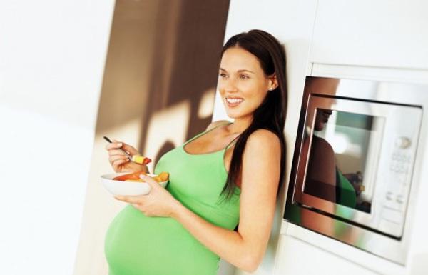 Vitamin D cực quan trọng cho sức khỏe bà bầu và thai nhi 1