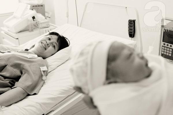 Những thước ảnh tuyệt vời trong một ca sinh thường của mẹ Việt 17