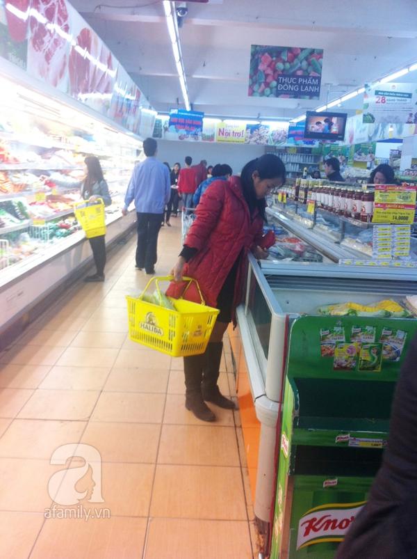 Đi chợ thời cúm: nơi đắt thì đông, nơi rẻ thì vắng 1