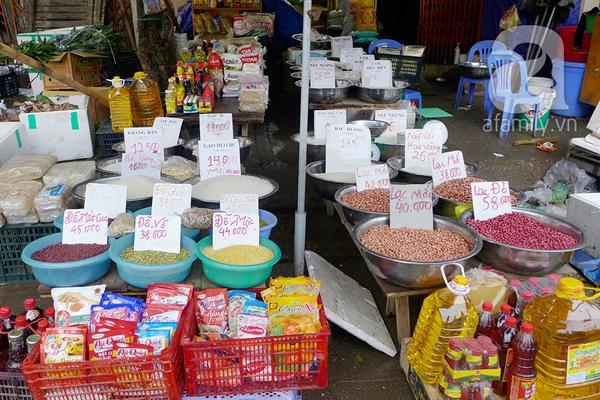 Thị trường thực phẩm đắt hàng từ chợ thật đến mạng ảo 2