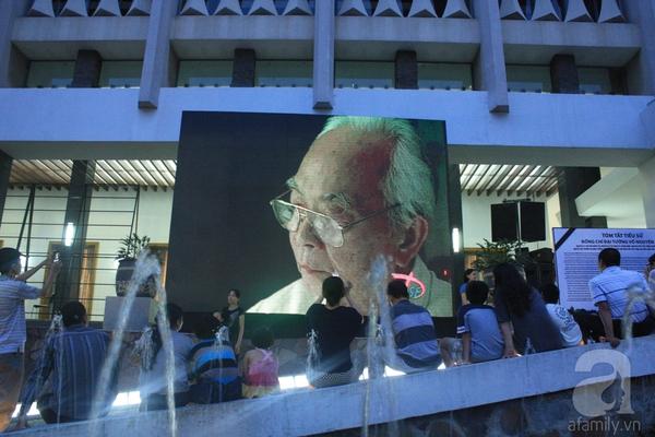 Những hình ảnh xúc động trong ngày Quốc tang Đại tướng 19
