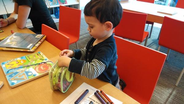 Hoạt động Montessori 5