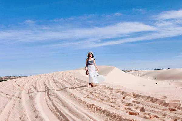 6 đồi cát đẹp ngất ngây, làm say đắm khách du lịch ở Việt Nam